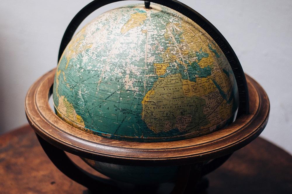 Marketing i Narody – jak ta sama rzecz może przynieść zysk w jednym państwie i zrujnować w innym